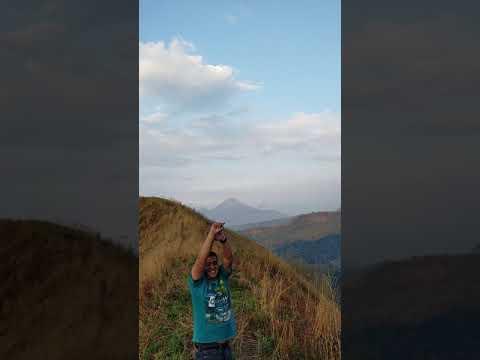 Keseruan jalur puncak gumeng