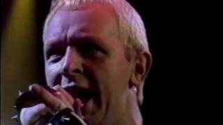 Judas Priest - Riding on The Wind (Live in Dortmund 1983)