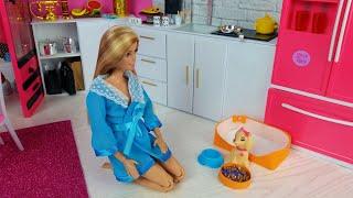 Barbie Ken ❤️Lovely pink Morning Bedroom Bathroom Routine.Barbie Video.