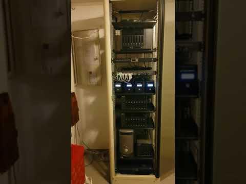 PowerWalker UPS functionality test on my QNAP server rack