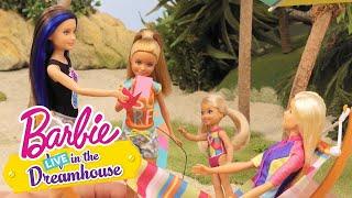 Sestry U Vody | Barbie LIVE! In The Dreamhouse | Barbie