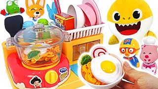 Pororo and his friends are hungry! Let's make ToriTori ramen~!   PinkyPopToy