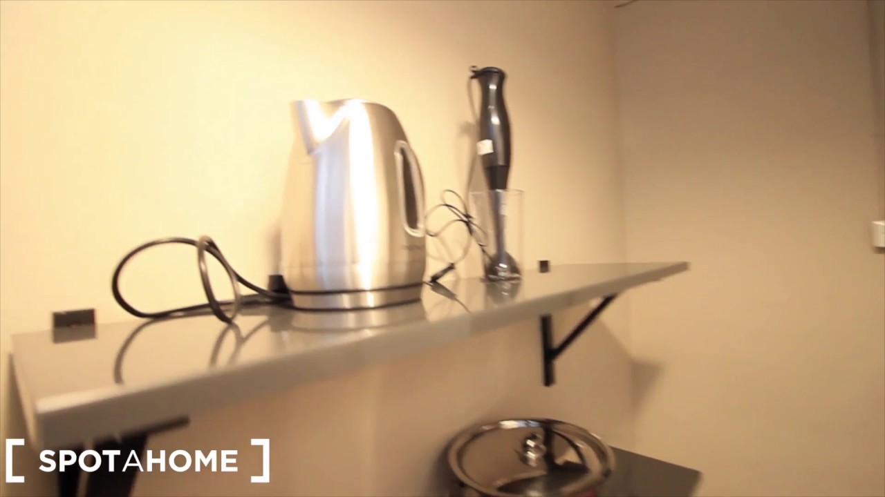 Stylish 1-bedroom apartment for rent in El Raval