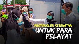 Pelayat di Pemakaman Ibunda Jokowi Duduk Jaga Jarak hingga Disemprot Disinfektan di Bilik Khusus