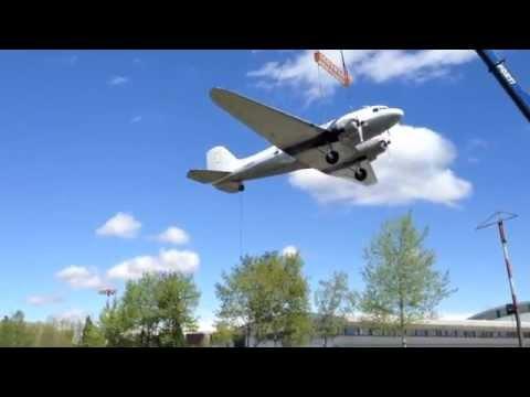 Il glorioso Dc-3 arriva a Volandia