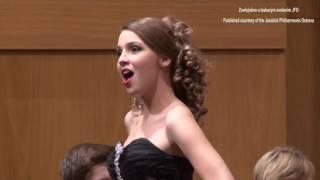 """Patricia JANEČKOVÁ: """"Frühlingsstimmen"""" (Johann Strauss II)"""
