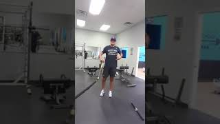 Quick Sweat: Canoe Row with Lunge