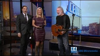 John Gorka live on WCCO TV (November 17 2018)