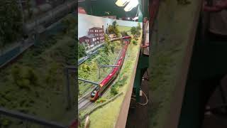 N Gauge Pendolino And Voyager On Deansmoor Layout  Wigan Model Railway Exhibition
