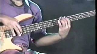 "victor wooten play ""latin groove"""