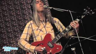 AM and Shawn Lee - 'Somebody Like You' (Live at WFUV)
