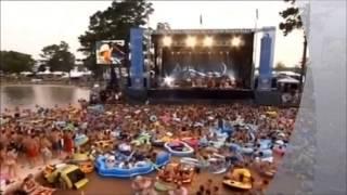 Alan Jackson  - Little Bitty  + +        (Live Concert)