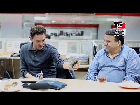 فتحي عبد الوهاب عن الـ«سيلفي»: بفتح الكاميرا وأنا مش واخد بالي