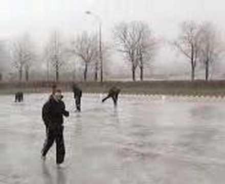 Muwhaha, schaatsen ;p