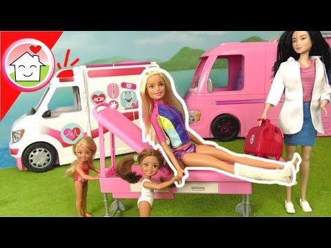 Barbie Puppe Camper - Barbie braucht einen Arzt - Krankenwagen - Video für Kinder - Familie Hauser