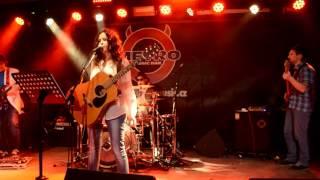 Video UNDERCOVER - Alanis Morissette tribute band - live PROMO - Metro