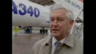 Airbus A340 first landing at Filton 1992