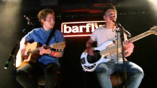 5 Seconds of Summer - Out Of My Limit (London Acoustic Gig)