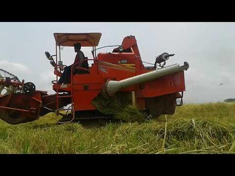 Combine Harvester at Best Price in India