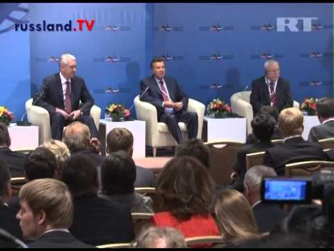 Petersburger Dialog in Moskau 2012 [Video]