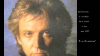 "ANDY SUMMERS - Eyes of a Stranger (Soundcheck at ""The Ritz"" New York USA July 1987)"