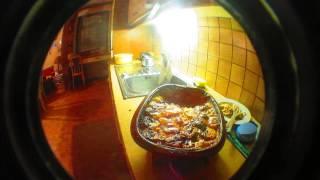 preview picture of video 'kartoffel-gratin aus dem römertopf VII, mahlzeit'