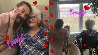 Jason Momoa Went To See His Grandmother In Iowa, And The Pictures Of His Tr.ip Are Just Too Cute