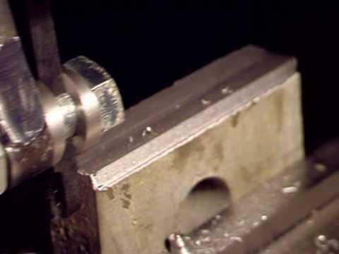 Passata di sgrossatura con limatrice ( metal shaper )