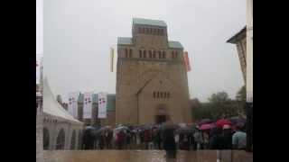 preview picture of video 'Hildesheim (D) Dom Mariä Himmelfahrt: Neues Geläute'