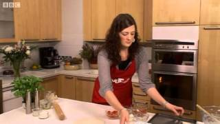 How to make Homemade Pizza - BBC GoodFood.com - BBC Food