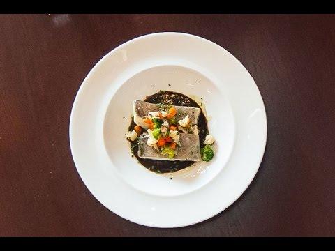 Bacalao confitado con salsa de ajo negro