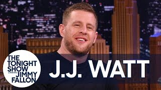 J.J. Watt and Jimmy Struggle Through an Interview After Taking the Hot Ones Challenge thumbnail