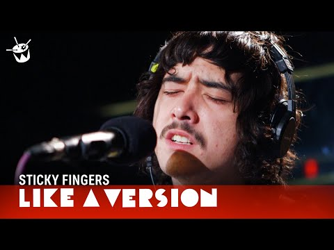 Sticky Fingers cover DMA's 'Delete' for Like A Version (видео)