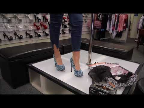 Review Bordello Teeze 39 Black Glitter Raised Satin Aqua Roses High Heels