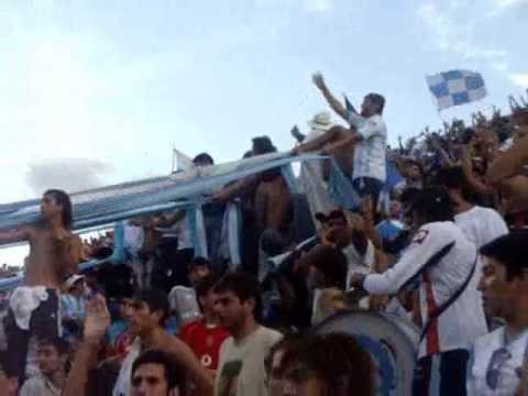 """""""Festejo albo en el martearena"""" Barra: La Dale Albo • Club: Gimnasia y Tiro"""