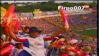 preview picture of video 'Aficion de Firpo llenando el Cuscatlan en la final L.A. Firpo Vs San Salvador  clausura 2003'
