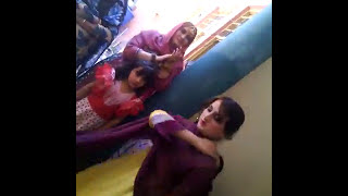 Dair kha Wow Cute Pathan Girl Dance in wedding
