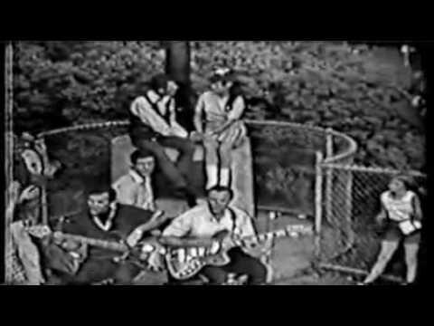 "Frankie Valli and the Four Seasons ""Rag Doll"" 1964"
