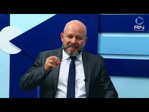Alex Palitot é o entrevistado de Sérgio Pires na SICTV - Gente de Opinião