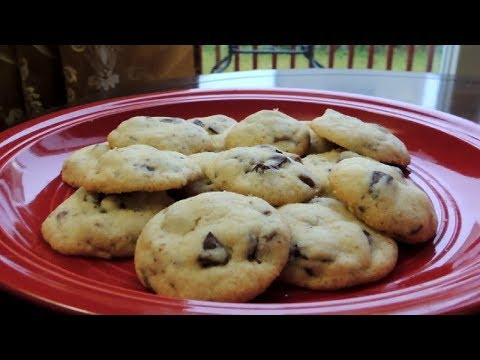Chocolate Chunk Biscuits – Easy Cookies recipe by (HUMA IN THE KITCHEN)