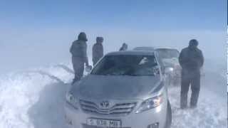 Пурга на трассе Астана - Павлодар (Казахстан, 28.02.2013 г.)