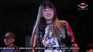 RINDI SAFIRA - PERNAH SAKIT - OM SAVANA JOSS LIVE KRADINAN MADIUN 2018