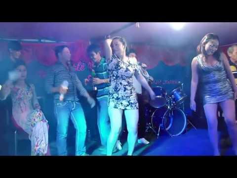 Hot Girl u40 nhảy cực nóng cực sung trong đám cưới