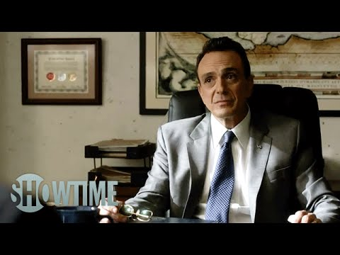 Ray Donovan 2.03 (Clip 'You Can Share a Cell')