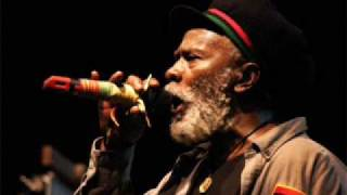 Old Marcus Garvey - Burning Spear