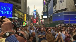 New Yorkers Enjoy Partial Eclipse