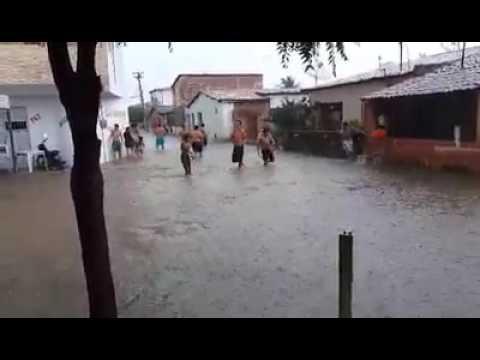 chuvas em Apuiarés