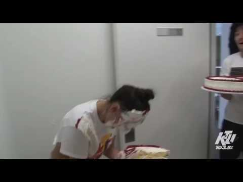 Steve Aoki Teaching Louis Tomlinson Cake Face