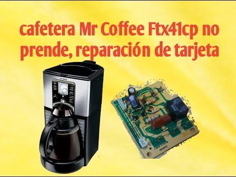 Cafetera Mr Coffee Ftx41cp no prende, reparación de tarjeta.