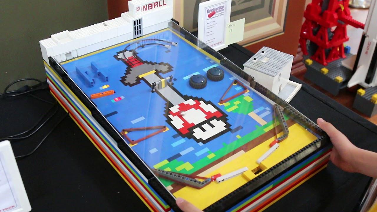 Working LEGO Pinball Machine @ Brickvention 2019